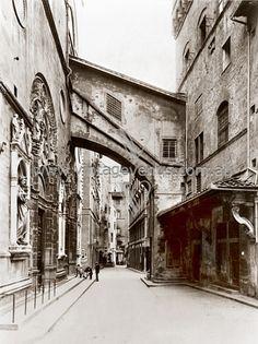 Chiesa  de Or San Michele  Florence, Italy  c.1900 http://www.vintagevenus.com.au/vintage/reprints/postcards/info/PH246.htm