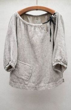 Stone Rende Top// grey linen peasant blouse with black tied bow, bottom side pocket, length sleeve Sewing Clothes Women, Diy Clothes, Clothes For Women, Sweat Clothes, Womens Linen Clothing, Woman Clothing, Sewing Blouses, Refashioning, Inspiration Mode