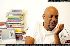 """Jornalismo em quadrinhos com o escritor Paulos Lins sobre o livro Desde que o Samba é Samba. Para ler no iPad e iPhone clique aqui. O Catraca Livre disponibiliza um trecho do novo livro do escritor Paulo Lins, """"Desde que o samba é samba"""" da editora Planeta."""