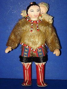 Artist Lisbeth Lind INUIT Greenland Mother & Child Cloth Dolls Denmark 1970s-80s