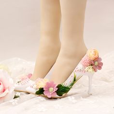 66.39$  Buy here - http://alifd7.worldwells.pw/go.php?t=32720196304 - 2016 Beautiful Flower Bride Shoes Pointed Toe Appliques Lady Banquet Shoes Spring Women Dress Shoes Wedding Party Prom Pumps 66.39$