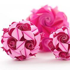 Поделки из бумаги своими руками: видео, 72 фото, мастер-классы http://happymodern.ru/podelki-iz-bumagi-svoimi-rukami-video-72-foto-master-klassy/ Объемная поделка, имитирующая лепестки роз