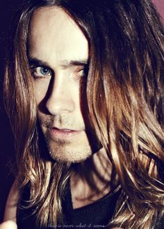 He's so perfect & so his hair, eyes, everything. Jared <3