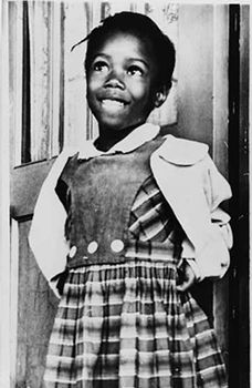 Ruby Bridges November 1960 was the first day of first grade for Ruby and a memorable date in American history. Ruby was the only African American student to attend William Frantz Elementary School in New Orleans. American Children, American Women, Black Is Beautiful, Beautiful People, Amazing People, Kings & Queens, African Diaspora, Portraits, Thing 1