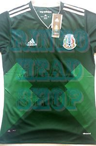 Mexico 2017 kit Medium New with tag The Mexico 2017 football jersey  introduces a unique retro. World Cup ... fe481040b