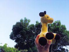 Lifting him up to eat the leaves! #amigurumi #giraffe #cute #crochet #yellow #amigurumis #amiguroomies by amigu.roomies
