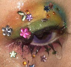 lash be long eyelash extension kit Edgy Makeup, Unique Makeup, Creative Makeup, Makeup Inspo, Makeup Art, Makeup Inspiration, Makeup Tips, Beauty Makeup, Hair Makeup