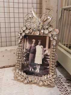 Vintage Jeweled Rhinestone & Crystal Photo Picture Frame❤❤❤