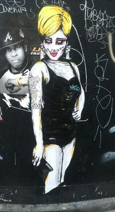 Suriani - street art - paris 2, rue greneta (aout 2014)