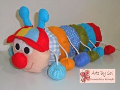 Sock Crafts, Bunny Crafts, Diy And Crafts, Fabric Toys, Fabric Crafts, Modern Bean Bag Chairs, Fabric Animals, Small Sewing Projects, Sewing Toys
