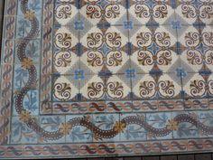 old cement tile : Belle Epoque centrum Blankenberge (Belgium)