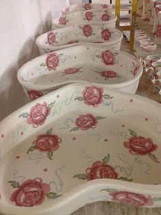 Emma Bridgewater Rose & Bee Heart Shaped Bakers 2014