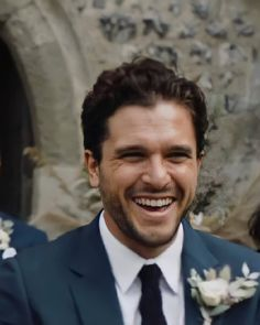 "Emilia Kit Targaryen on Instagram: ""Old pictures of Kit Harington at a friend's wedding. Look how handsome he looks 😍🥰 Thanks to KHfanPH/Twitter for sharing. . . #kitharington…"""