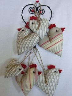 Tall skinny long legged birds to make -- comical Cute Crafts, Diy And Crafts, Arts And Crafts, Easter Crafts, Christmas Crafts, Christmas Ornaments, Craft Projects, Sewing Projects, Chicken Crafts