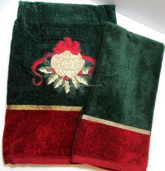 3 Christmas Santa Hats Presents ELEPHANTS Velour Bath Hand Fingertip Towels NWT
