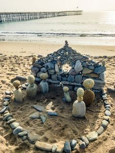 Nativity scene stone art by Juan Manuel Cisneros, Ventura Beach Beach Christmas, Coastal Christmas, Christmas Diy, Merry Christmas, Christmas Decorations, Christmas Centrepieces, Hygge Christmas, Outdoor Decorations, Christmas Quotes