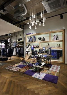 """The impressive new """"Mexx Lifestlye store"""" at 300 sq feet in Krefeld (Germany) shows the new Loft Design that should represent the metropolis lifestyle and fits to the new Mexx Metropolitan Collection."""