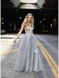 las mejores ideas para que escojas tu vestido Quinceanera Dresses, Quinceanera Court, Cheap Prom Dresses, Formal Dresses, Sweet 15 Dresses, Quince Dresses, Dresses Online, Ball Gowns, Bodice