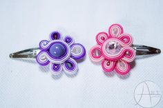 Soutache jewelery: Spinki #1 Soutache Bracelet, Soutache Jewelry, Button Crafts, Diy And Crafts, Jewelery, Hair Styles, Molde, Dresses, Hair Clips