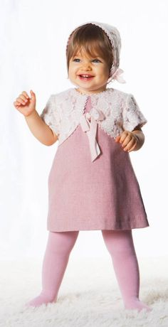 Girls Dresses, Flower Girl Dresses, Cool Outfits, Wedding Dresses, Clothes, Fashion, Layette, Baskets, Bebe