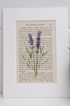21 Uses For Old Books