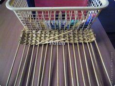Поделка изделие Плетение КОРЗИНКА - ПЛЕТЕНКА ИЗ БУМАГИ = 17 = + МК по ВЫПЛЕТЕНИЮ ПРЯМОУГОЛЬНОГО ДОНЫШКА Бумага фото 13
