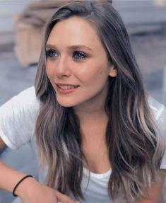 The better Celebs-Sub! Elizabeth Olsen, Beautiful Celebrities, Beautiful Women, Scarlet Witch Marvel, Marvel Girls, Celebs, Actresses, Long Hair Styles, Lady