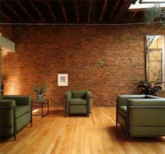 LC-2 small great comfort sofa