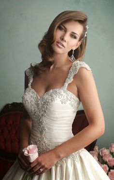 allure-bridals-fall-2014-wedding-dresses-9161C-1.jpg (660×1036)