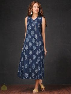 indian designer wear Buy Indigo White Natural dyed Dabu printed Cotton dress with Lattice Work by Simple Dresses, Pretty Dresses, Casual Dresses, Summer Dresses, Kurta Designs Women, Blouse Designs, Western Dresses, Indian Dresses, Frock Dress