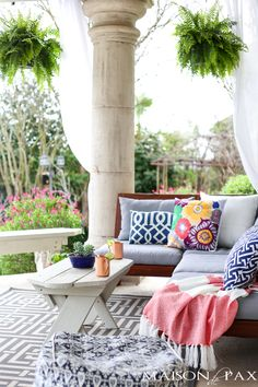 Perfect patios: how to create a stunning outdoor space featuring beautiful outdoor decor inspiration and simple ideas for bringing your patio to life. Outdoor Rooms, Outdoor Living, Outdoor Decor, Cozy Patio, Patio Umbrellas, Spring Home, Spring Summer, Diys, Decorating Ideas