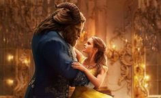 """Emma Watson als Belle in der Real-Verfilmung von Disneys """"Die Schöne und das Biest"""" (Kinostart: 16. März 2017)."""