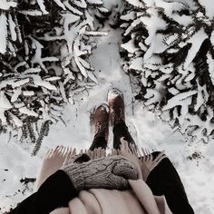 """""""Walking in the Winter Wonderland. Winter Love, Winter Is Coming, Winter Snow, Winter Christmas, Winter Walk, Winter Instagram, Photo Instagram, Snow Photography, Photography Poses"""