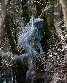 "Derek Kinzett-Wire Sculpture-""Woodland Spirit"" commission-… 