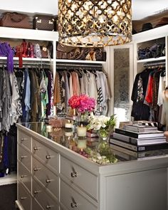 Khloe Kardashian - Beautiful walk-in closet design with quatrefoil lattice Ironies Asilah Chandelier and soft gray mirrored top closet island. Closet Bedroom, Closet Space, Walk In Closet, Master Closet, Huge Closet, Master Bedroom, Closet Redo, Ikea Closet, Extra Bedroom