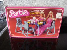 Vintage 1978 Barbie Dream Furniture Dining Table & Chairs Blue #2475