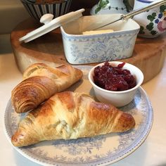 """Warm croissants with butter and cranberry chutney!!! Happy Sunday"""