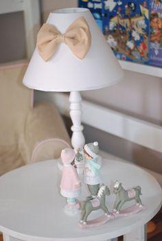 Girl's room.  lamp for kids www.lenkowomi.com