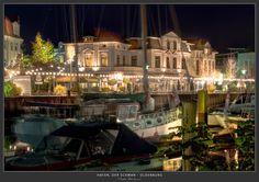 Hafen, Der Schwan, Oldenburg - Nachtaufnahme