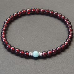 Your checklist for a good aquamarine jewelry - Jewelry Aquamarine Jewelry, Garnet Jewelry, Beaded Jewelry, Silver Jewelry, Beaded Bracelets, Men's Jewelry, Handmade Jewelry, Silver Ring, Jewelry Watches