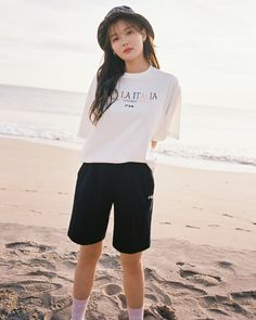 Kim Yoo Jung Fashion, Kim You Jung, Korean Fashion Trends, Summer Aesthetic, Actresses, Actors, Simple, Cute, Beautiful