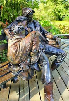 Resultado de imagem para loveland sculpture in the park Art Sculpture, Outdoor Sculpture, Bronze Sculpture, Street Art, Outdoor Garden Statues, Art In The Park, Photo Images, Marble Art, Marble Floor