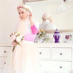 she looks like a princess! ;)