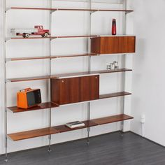 Herman Miller CSS Comprehensive Storage System, George Nelson http://www.velvet-point.de/index.php