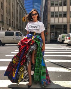 Quem: Olívia Culpo Veste: Versace Onde: em New York Fashion Fashionable Ideas Party Clothes Makeup Jewelry Trends Trend Trending Fashion Weeks, Fast Fashion, Look Fashion, High Fashion, Fashion Show, Womens Fashion, Fashion Design, Fashion Beauty, 50 Fashion