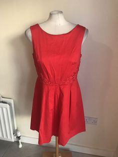 0efd88a931 Ladies Red Floral Design Dressy Flattering Look Dress Size 14 Oasis   fashion  clothing