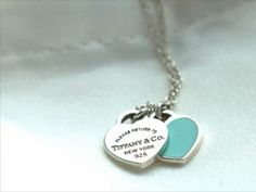 Win this Tifanny&Co. Necklace and Satin Pillow Case from SavvySpice International #Giveaway