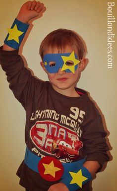 DIY déguisement Super Heros, la panoplie (masque, bracelets, ceinture) Lego Batman Birthday, Spiderman, Diy Masque, Ronald Mcdonald, Animation, Costumes, Superhero, Fictional Characters, Bracelets
