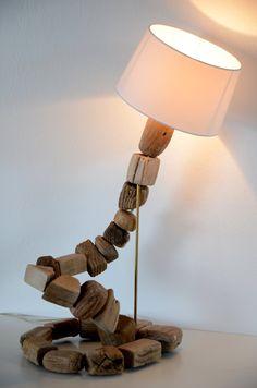 Lampe Tischlampe Treibholz maritime Leuchte im Strandhaus-Stil von manunatura auf Etsy