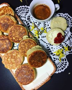 Crumpets, English Muffins, Frühstück, Breakfast, Teatime, British, backen, Hefeteig, baking, lecker
